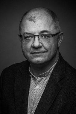 Marek Jeznach